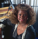 Ernestine Anderson, Apr 1990 : Portrait of Ernestine Anderson at Blue Note Tokyo Jazz Club, Tokyo, Japan.