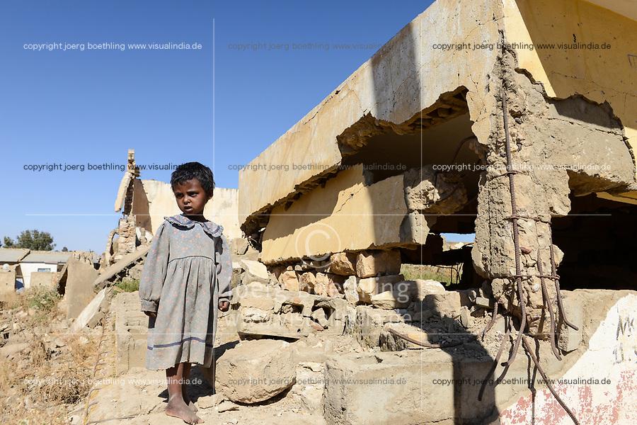 ETHIOPIA, Tigray, Zalembessa, border town to Eritrea, war damages / AETHIOPIEN, Tigray, Zalambessa, vom Krieg mit Eritrea zerstoerte Grenzstadt zu Eritrea, Kriegsschaeden