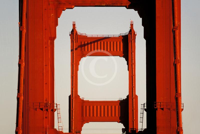 California, San Francisco, Golden Gate Bridge towers