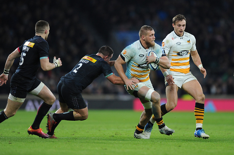 Brad Shields of Wasps tackled by Dave Ward of Harlequins during Big Game 11, the Gallagher Premiership Rugby match between Harlequins and Wasps, at Twickenham Stadium on Saturday 29th December 2018 (Photo by Rob Munro/Stewart Communications)