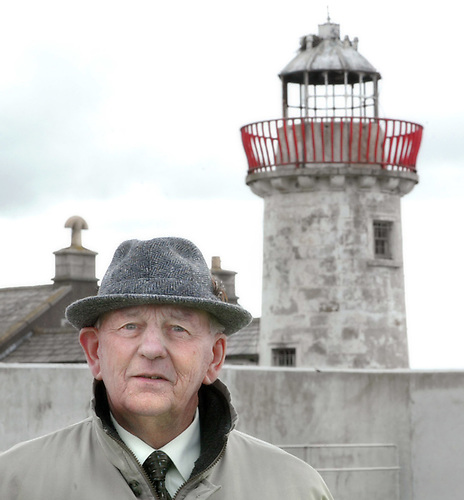 The late Bill Scanlan at Mutton Island lighthouse in May 2004