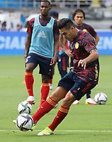 BARRANQUILLA – COLOMBIA, 10-10-2021:  Radamel Falcao Garcia de Colombia durante partido entre los seleccionados de Colombia (COL) y Brasil (BRA), de la fecha 12 por la clasificatoria a la Copa Mundo FIFA Catar 2022, jugado en el estadio Metropolitano Roberto Melendez en Barranquilla. / Radamel Falcao Garcia of Colombia during match between the teams of Colombia (COL) and Brasil(BRA), of the 12th date for the FIFA World Cup Qatar 2022 Qualifier, played at Metropolitan stadium Roberto Melendez in Barranquilla. Photo: VizzorImage / Jairo Cassiani / Contribuidor