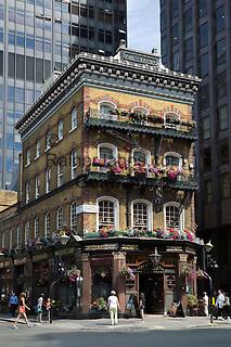 United Kingdom, England, London: The Albert pub, Victoria Street, Westminster   Grossbritannien, England, London: The Albert pub, Victoria Street, Westminster