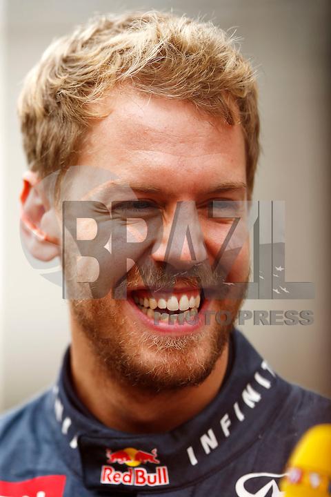 SAO PAULO, SP, 24.11.2013 - F1 GP BRASIL - O piloto alemao Sebastin Vettel comemora apos vencer o Grande Prêmio do Brasil de Fórmula 1, no autódromo de Interlagos, zona sul da capital paulista, neste domingo (24). (Foto: Pixathlon / Brazil Photo Press).