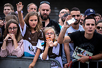 fans calling the riders for signatures. <br /> <br /> Stage 12: Toulouse to Bagnères-de-Bigorre (209km)<br /> 106th Tour de France 2019 (2.UWT)<br /> <br /> ©kramon