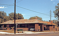 San Antonio:   House at  342 Wilkins Ave. George Willis, Arch. F.L. Wright influenced.<br /> Photo '96.