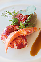 Europe/France/Bretagne/35/Ille et Vilaine/Saint-Malo/ Saint-Servan:  Homard breton, artichauts, jus corsé, recette de Luc Mobihan - restaurant: Le Saint-Placide