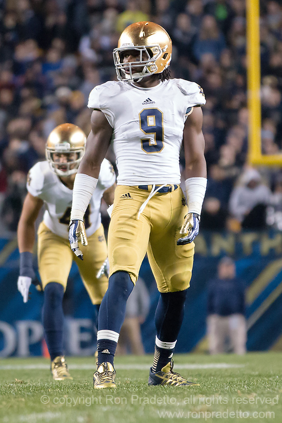 Notre Dame linebacker Jaylon Smith. The Pittsburgh Panthers defeated the Notre Dame Fighting Irish 28-21 at Heinz Field, Pittsburgh, Pennsylvania on November 9, 2013.
