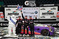 #35 Riley Motorsports Mercedes-AMG GT GT4, GS: James Cox, Dylan Murry, Jeroen Bleekemolen, podium
