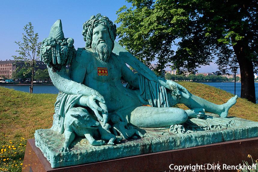 Daenemark, Denkmal bei  Dronning Louises Bro in Kopenhagen