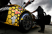 #57 Meyer Shank Racing w/ Curb-Agajanian Acura NSX GT3, GTD: Jackie Heinricher, Katherine Legge, Ana Beatriz, Simona De Silvestro, Christina Nielsen, Michelin, Bib
