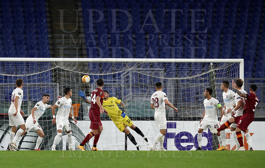 Football Soccer: UEFA Europa League UEFA Europa League Group A  AS Roma vs FCR Cluj, Olympic stadium, Rome, 5 November, 2020.<br /> Roma's Roger Ibanez (r) scores during the Europa League football match between Roma and Cluj at the Olympic stadium in Rome on  5 November, 2020.<br /> UPDATE IMAGES PRESS/Isabella Bonotto