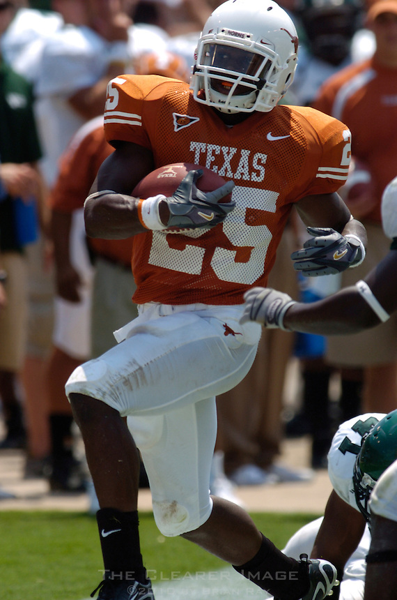 02 September 2006: University of Texas back Jamaal Charles dashes down the sideline during the Longhorns 56-7 victory over the Eagles at Darrell K Royal Memorial Stadium in Austin, TX.