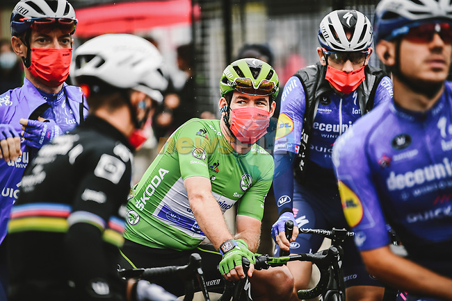 Green Jersey Mark Cavendish (GBR) and Deceuninck-Quick Step line up for the start of Stage 9 of the 2021 Tour de France, running 150.8km from Cluses to Tignes, France. 4th July 2021.  <br /> Picture: A.S.O./Pauline Ballet | Cyclefile<br /> <br /> All photos usage must carry mandatory copyright credit (© Cyclefile | A.S.O./Pauline Ballet)