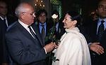 MIKHAIL GORBACIOV CON CARLA FRACCI<br /> COCKTAIL PARTY N ONORE DI GORBACIOV - HOTEL BAGLIONI ROMA 11-2000