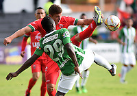 TUNJA -COLOMBIA-15-MAYO-2016.Marlos Moreno (Der.) de Nacional  disputa el balón con Patriotas FC durante partido por la fecha 18 de Liga Águila I 2016 jugado en el estadio La Independencia./ Marlos Moreno (R) of  Nacional fights the ball against Patriotas FC during the match for the date 18 of the Aguila League I 2016 played at La Independencia stadium in Tunja. Photo: VizzorImage / César Melgarejo  / Contribuidor