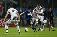 Calcio, Serie A: Inter vs Juventus. Milano, stadio San Siro, 18 ottobre 2015. <br /> FC Inter's Marcelo Brozovic, second from left, is challenged by Juventus' Claudio Marchisio during the Italian Serie A football match between FC Inter and Juventus, at Milan's San Siro stadium, 18 October 2015. The game ended 0-0.<br /> UPDATE IMAGES PRESS/Isabella Bonotto