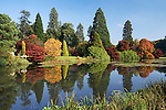 Grossbritannien, England, East Sussex, Sheffield Park Gardens: See, Herbst | Great Britain, England, East Sussex, Lake in National Trust Gardens in Autumn