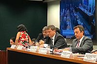 BRASÍLIA, DF, 03.04.2019: POLÍTICA-BRASÍLIA - O Ministro da Infraestrutura, Tarcísio Gomes de Freitas comparece à Comissão de Viação e Transportes da Câmara dos Deputados nesta quarta-feira (3). O ministro fala sobre as prioridades da Pasta para este ano. (Foto: Gloria Tega/Código19)