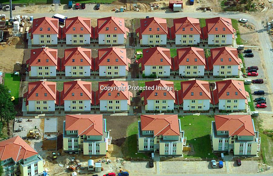 Deutschland, Schleswig- Holstein, Wentorf, Mehrfamilienhäuser, Bau, Immobilien, Hausbau,..c Aufwind, Holger Weitzel, Gertrud- Bäumer- Stieg 102,.21035 Hamburg, 0171 6866069