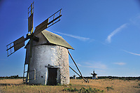 S - Gotland South<br /> Field of typical windmills at Vamlingbo <br /> <br /> Full size: 69,2 MB