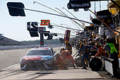 Monster Energy NASCAR Cup Series<br /> AXALTA presents the Pocono 400<br /> Pocono Raceway, Long Pond, PA USA<br /> Sunday 11 June 2017<br /> Kyle Busch, Joe Gibbs Racing, M&M's Red, White & Blue Toyota Camry<br /> World Copyright: Matthew T. Thacker<br /> LAT Images