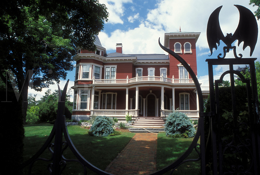 Stephan King, Bangor, Maine, ME, Writer Stephen King's Home an Italianate villa, the William Arnold House, stands behind a wrought-iron fence decorated with bats, spiders and webs in Bangor.