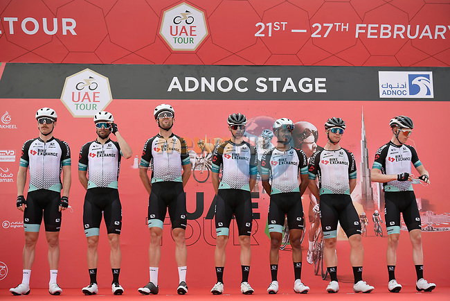 Team BikeExchange at sign on before the start of Stage 1 of the 2021 UAE Tour the ADNOC Stage running 176km from Al Dhafra Castle to Al Mirfa, Abu Dhabi, UAE. 21st February 2021.  <br /> Picture: LaPresse/Fabio Ferrari | Cyclefile<br /> <br /> All photos usage must carry mandatory copyright credit (© Cyclefile | LaPresse/Fabio Ferrari)