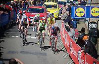 race leaders up the infamous Mur de Huy (1300m/9.8%)<br /> <br /> Women's Flèche Wallonne 2016