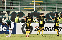 PALMIRA - COLOMBIA, 22-05-2019: Jugadores del Peñarol celebran después de anotar el primer gol durante partido entre Deportivo Cali de Colombia y Club Atlético Peñarol de Uruguay por la segunda ronda de la Copa CONMEBOL Sudamericana 2019 jugado en el estadio Deportivo Cali de la ciudad de Palmira. / Players of Peñarol celebrate after scoring the first goal during match between Deportivo Cali of Colombia and Club Atletico Peñarol of Uruguay for the second round as part Copa CONMEBOL Sudamericana 2019 played at Deportivo Cali stadium in Palmira city. Photo: VizzorImage / Alejandro Rosales / Cont