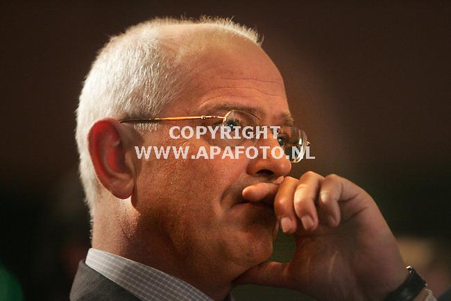 Arnhem, 270107<br />121e algemene ledenvergadering van VVD in Papendal. Gerrit Zalm<br />Foto: Sjef Prins - APA Foto<br />VRIJE AANLEVERING