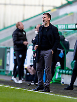 24th April 2021; Easter Road, Edinburgh, Scotland; Scottish Cup fourth round, Hibernian versus Motherwell; Motherwell Manager Graham Alexander shouts orders from the touchline