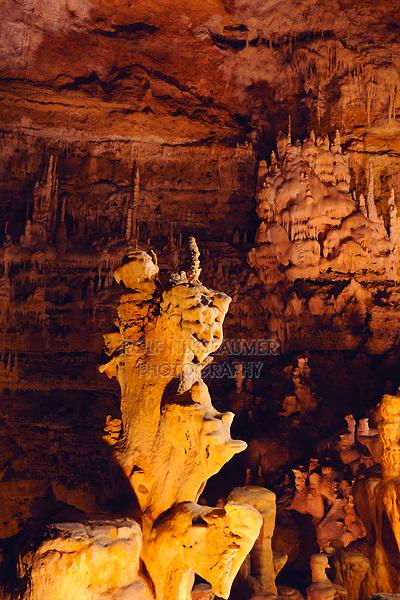 Rockformations, Natural Bridge Caverns, Hill Country, Texas, USA