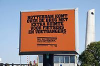 Nederland - Rotterdam - 2020.  Rotterdam komt over de brug met extra ruimte voor fietsers en voetgangers.    Foto ANP / Hollandse Hoogte / Berlinda van Dam