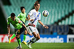 Usami of Gamba Osaka (R), Leonardo of Jeonbuk Hyundai Motors. Jeonbuk Hyundai Motors vs Gamba Osaka during the 2015 AFC Champions League Quarter-Final 1st Leg match on August 26, 2015 at the Jeonju World Cup Stadium, in Jeonju, Korea Republic. Photo by Xaume Olleros /  Power Sport Images