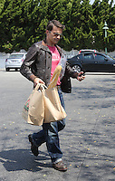 MAY 04 2013.OLIVIER MARTINEZ IN LOS ANGELES FOOD MARKET.Non Exclusive.Mandatory Credit: KDNPIX.COM..Ref: kdn_LULAX