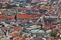 aerial photograph of the Frauenkirche church and City Hall in the central historic district of Munich, Germany | Luftaufnahme der Frauenkirche und des neuen Rathauses in der Altstadt von München, Deutschland
