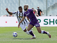 Alex Sandro of Juventus Amrabat during the  italian serie a soccer match,Fiorentina - Juventus at  theStadio Franchi in  Florence Italy ,