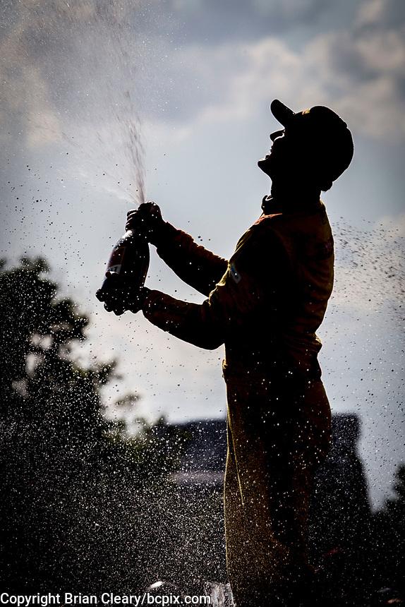 Ryan Hunter-Reay, #28 Honda, celebration, Detroit Grand Prix, IndyCar race, Belle Isle, Detroit, MI, June 2018.(Photo by Brian Cleary/bcpix.com)