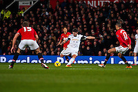 Saturday 11 January 2014 Pictured: Alejandro Pozuelo crosses the ball<br /> Re: Barclays Premier League Manchester Utd v Swansea City FC  at Old Trafford, Manchester