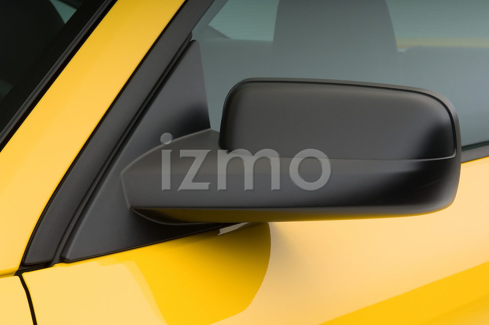 Driver side mirror deatil of a 2006 Ford Mustang Coupe