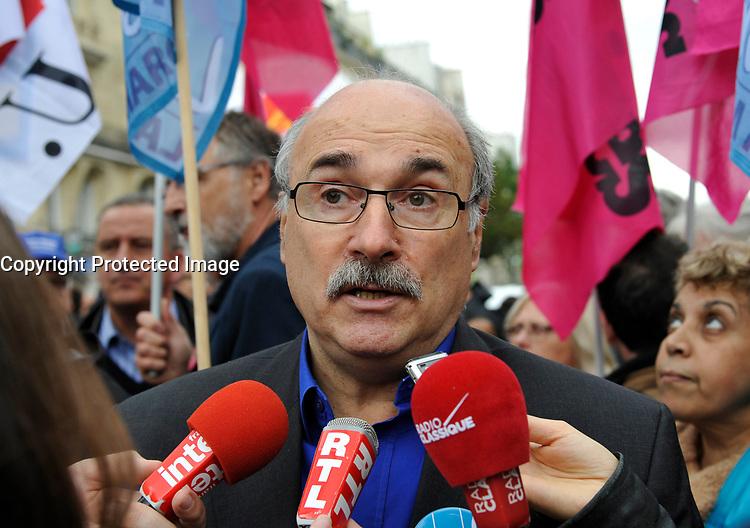 October 10 2017, Paris, France. Demonstration against the Labor Law.<br /> Luc Berille of the UNSA was present. # MANIFESTATION CONTRE LA LOI TRAVAIL