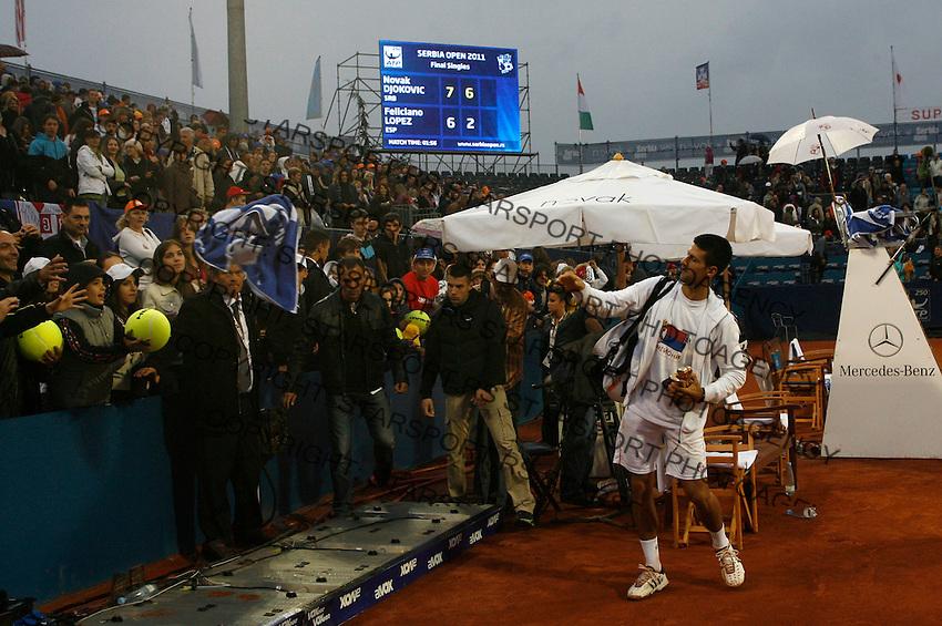 Tenis, Serbia Open 2011.Final.Novak Djokovic (SRB) Vs. Feliciano Lopez (ESP).Novak Djokovic, during ceremony.Beograd, 01.05.2011..foto: Srdjan Stevanovic