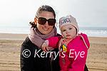 Enjoying a stroll in Inch beach on Friday, l to r: Linda Murphy and Fiadh Devane.