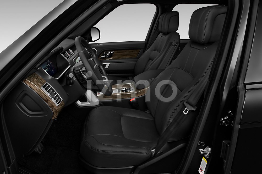Front seat view of 2019 Land Rover Range-Rover HSE 5 Door SUV Front Seat  car photos