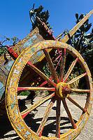 Bemalter Eselkarren in Monreale, Sizilien, Italien