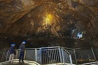 Europe/France/Aquitaine/64/Pyrénées-Atlantiques/Pays-Basque/Sainte-Engrâce: La salle souterraine de La Verna haute de 194 mètres et large de 240 mètres, une des plus grande salle du monde est un site naturel remarquable du massif de la Pierre Saint Martin