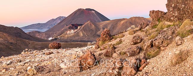 Sunrise over Mount Ngaruhoe, Tongariro Nationasl Park, Central Plateau, North Island, UNESCO World Heritage Area, New Zealand, NZ