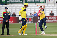 Jamie Porter in bowling action for Essex during Essex Eagles vs Hampshire Hawks, Vitality Blast T20 Cricket at The Cloudfm County Ground on 11th June 2021