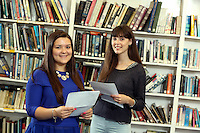 Pictured L-R: Students Kia Warlow and Freya Koutsoubelis.<br />